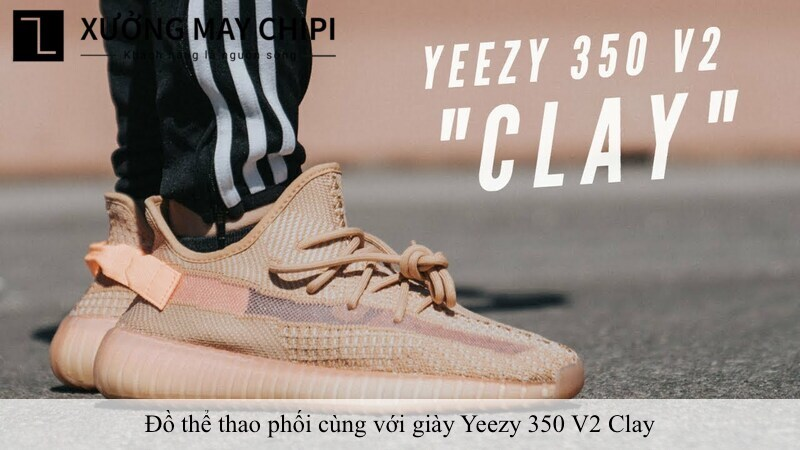 cach phoi do voi Yeezy 350 V2 Clay